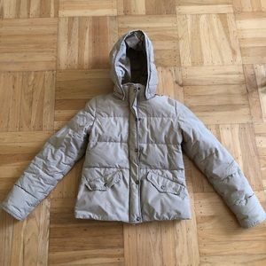 Tan puffy jacket with removable hood by Benetton